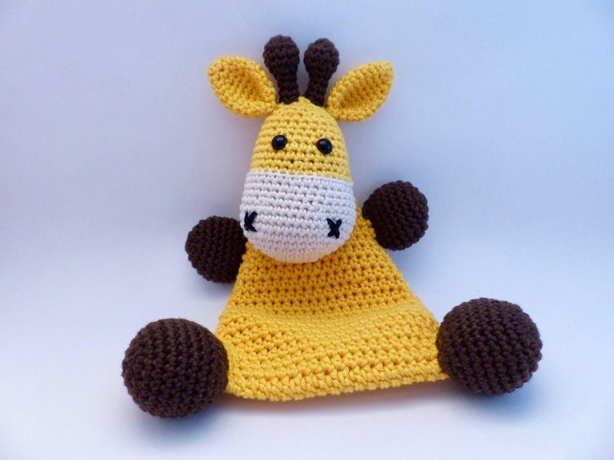 Makerist-Hase-Bär-undCo.-Unsere-17-beliebtesten-Amigurumi-Anleitungen-Sparset-Giraffe-1