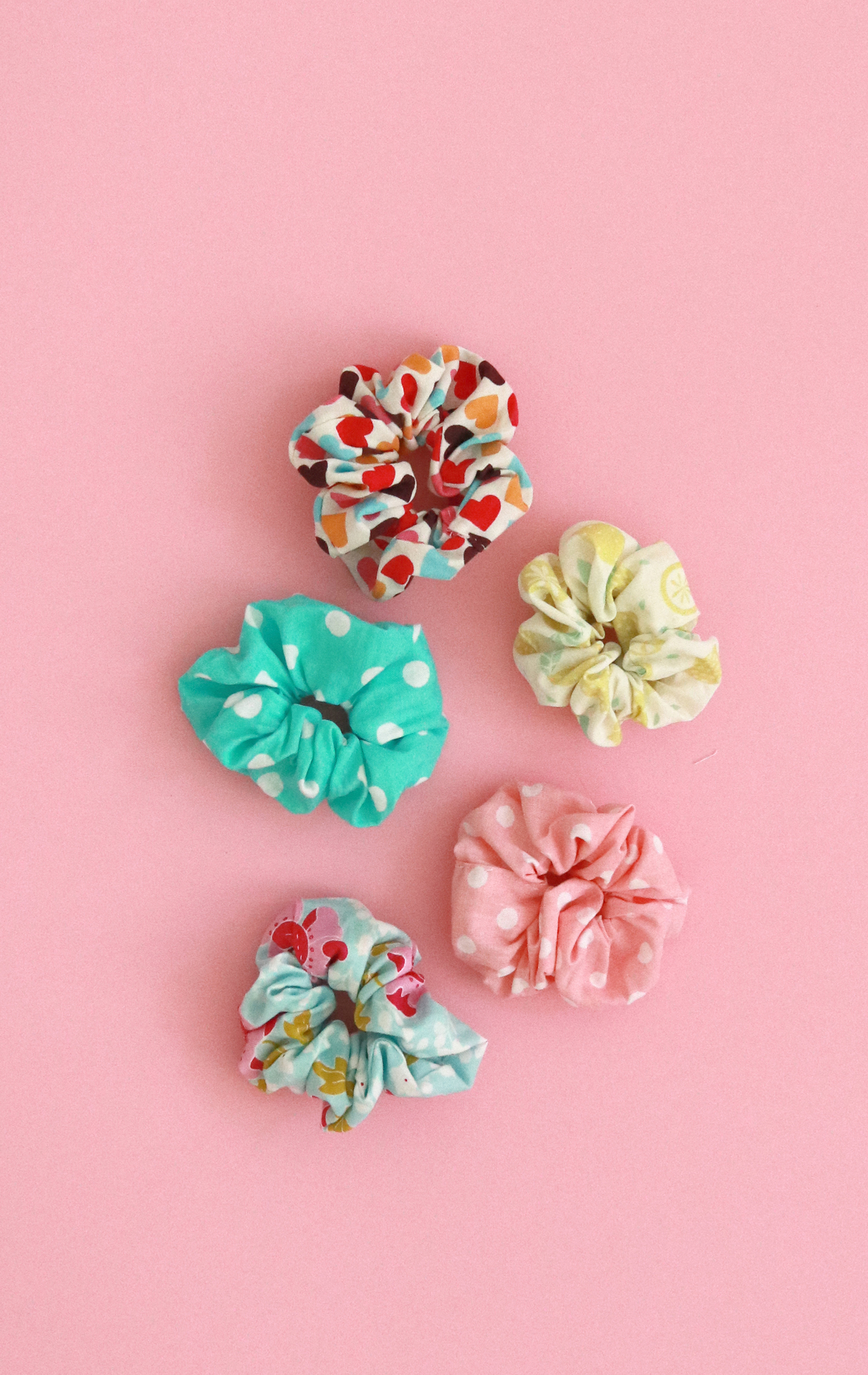 Makerist-Scrunchies-selber-nähen-DIY-Haargummis-19