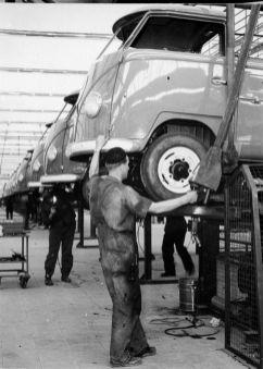 volkswagen-transporter-vyroba-v-hannoveru- (1)