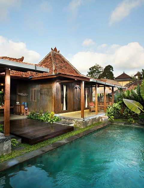 The resort comprises traditional Indonesian villas | Image courtesy of Naya