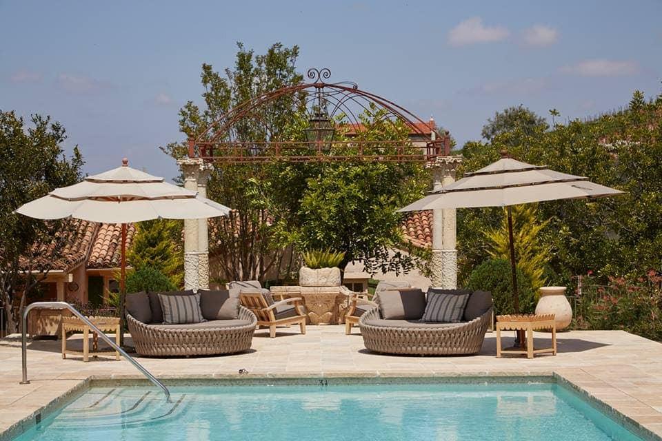 celebrity resorts, A list resorts, celebrity holidays, where do celebrities stay, where do celebrities go on holiday, celebrity retreats