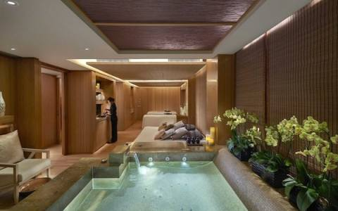 extravagant spa hong kong