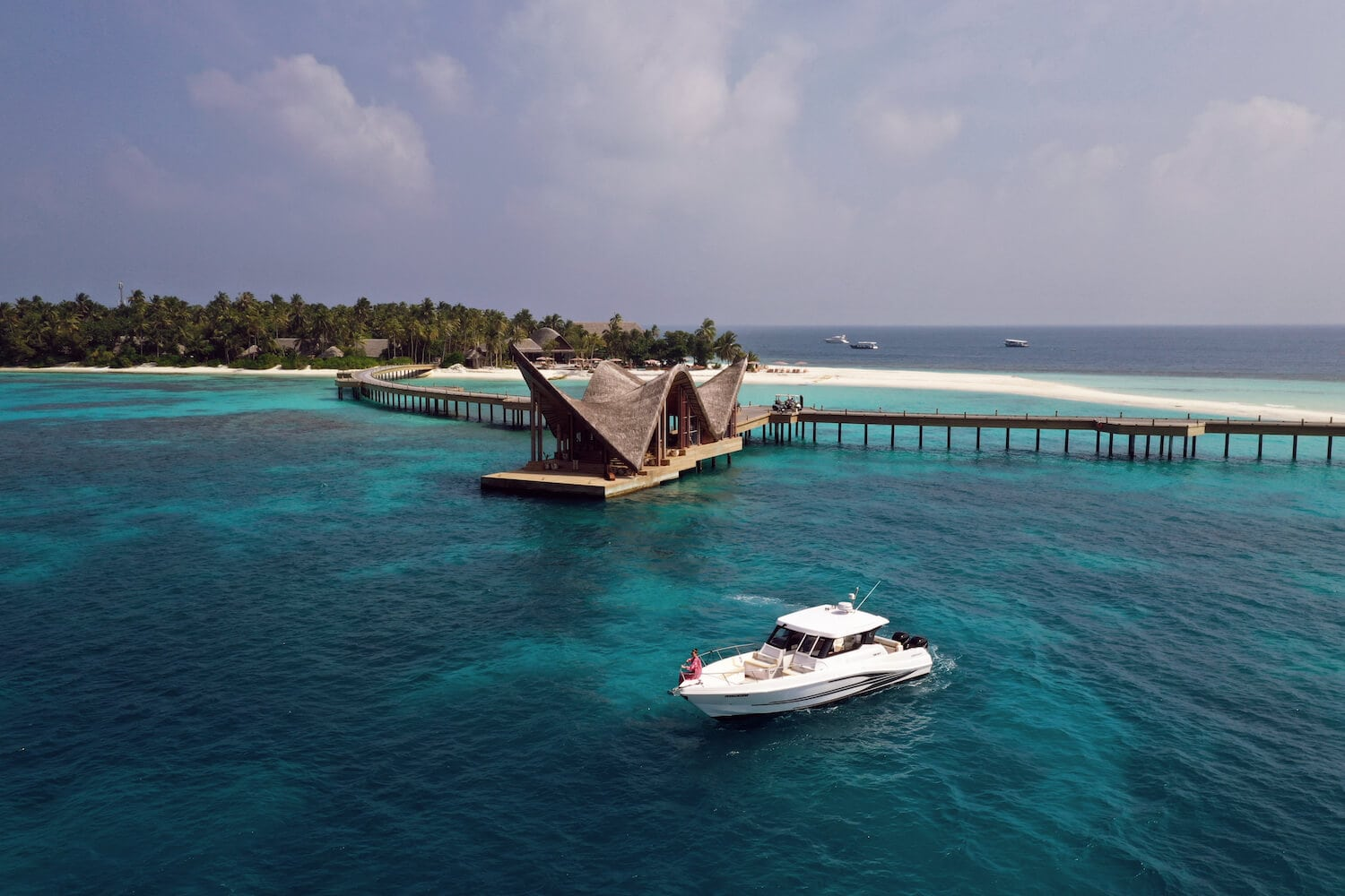maldives luxury wellness resort