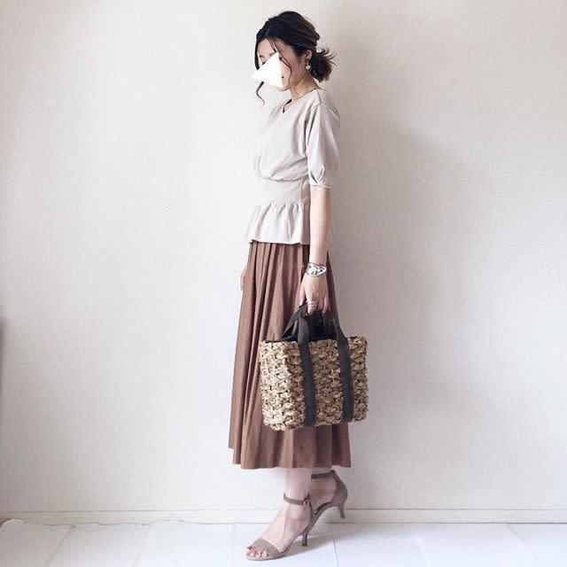 1268f2651e7ec 30代・40代の大人女子に! プリーツスカートで上品見えするシンプル ...