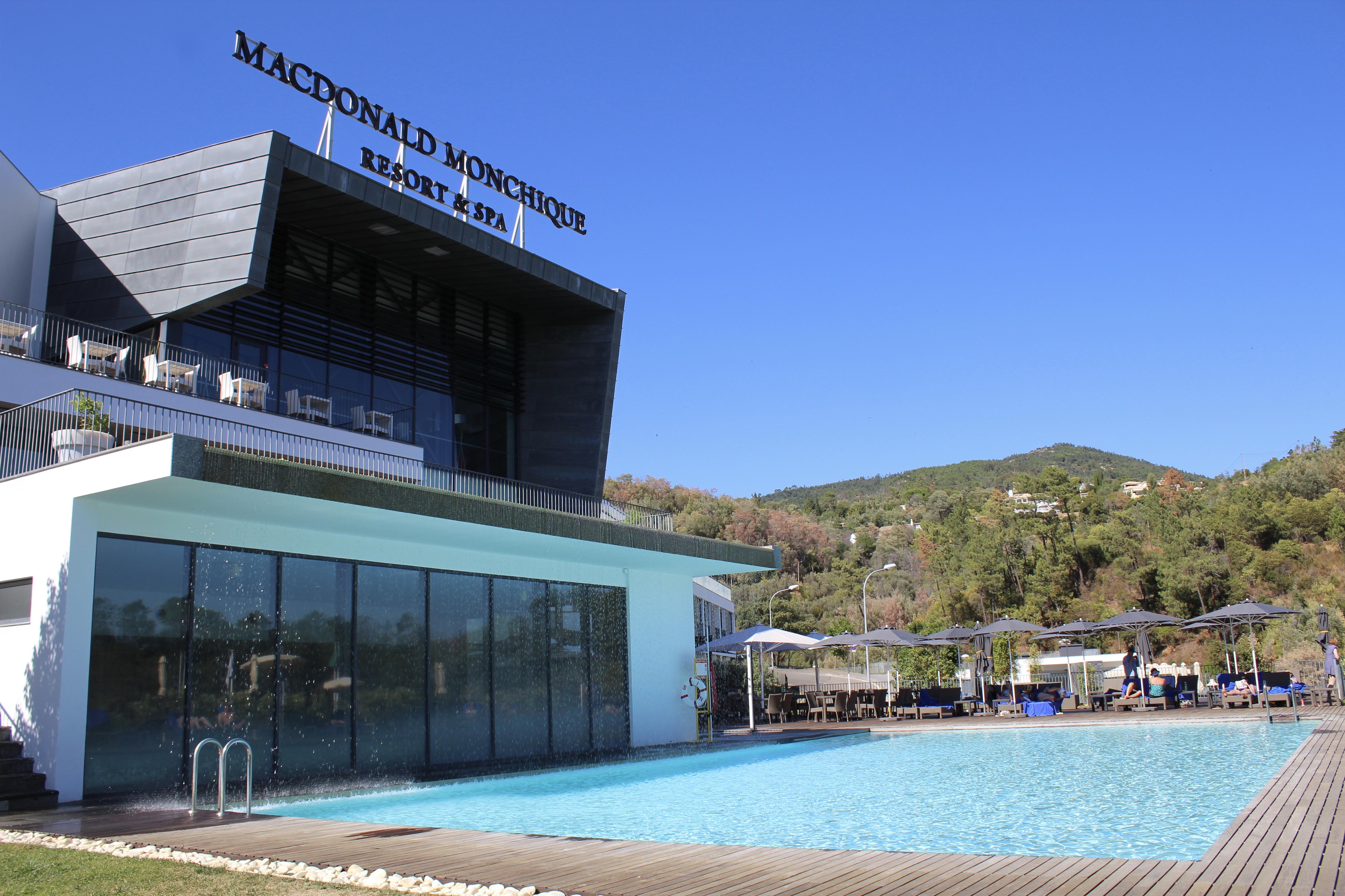 Monchique Hotel pool
