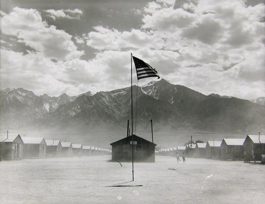 Manzanar Relocation Center, Manzanar, California 1942 Dorothea Lange © The Dorothea Lange Collection, the Oakland Museum of California, City of Oakland. Gift of Paul S. Taylor