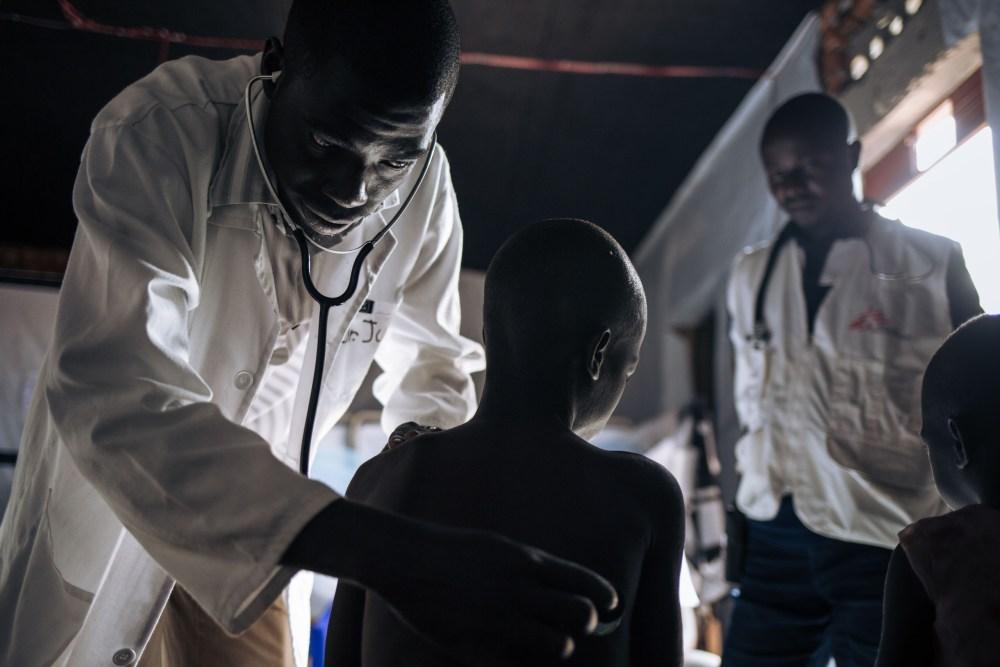 Copertina_ ©Rep Dem Congo - Alexis Huguet-06.04.2021.jpg
