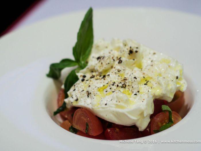 Burrata Pomodorini e Basilico