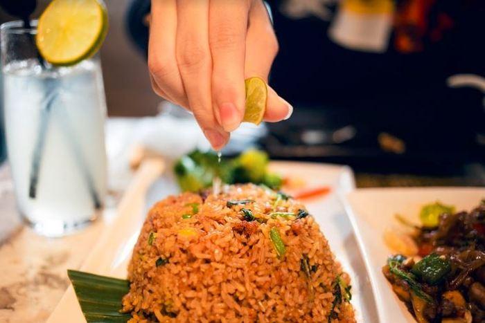Khao Pad Krapao Gai Cafe Siam