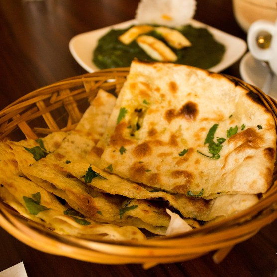 Crispy dhal kulcha bread – a great sidekick to the tandoori | foodpanda Magazine MY