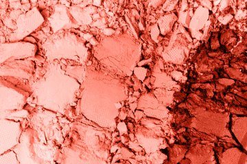 make-up-living-coral