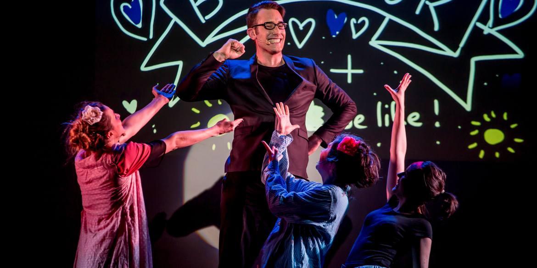 New, la comédie musicale improvisée sur Paris