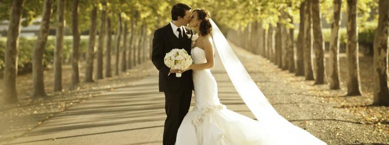 """""""Ci vuole coraggio per sposarsi e farlo tutta la vita"""": le parole del Papa ai novelli sposi"""