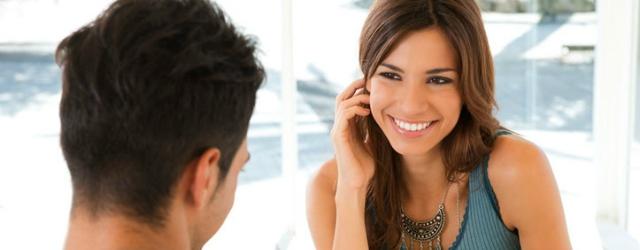 Cosa attrae le donne in un uomo al primo incontro?