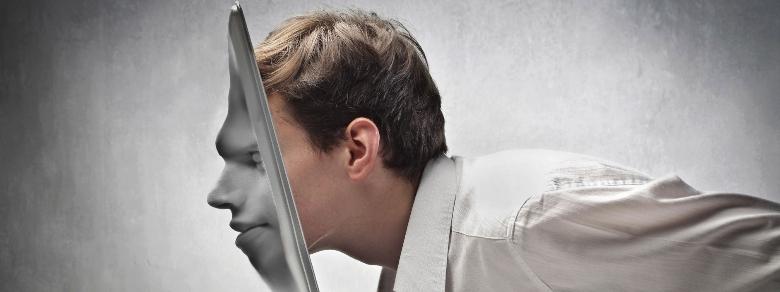 Dipendenza da Internet e i problemi nelle relazioni reali