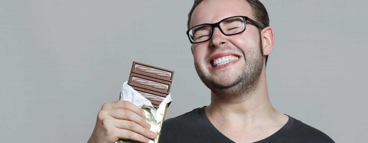 Gli uomini preferiscono il cioccolato all'eros: sarà vero?