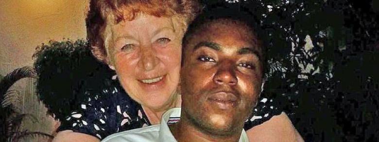 Inghilterra: donna di 72 anni sposa nigeriano di 27