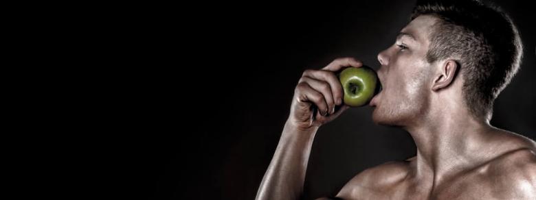 Mangiare frutta e verdura rende gli uomini più sexy