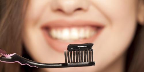 sbiancamento denti naturale