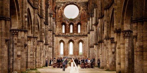 sognare di sposarsi in chiesa