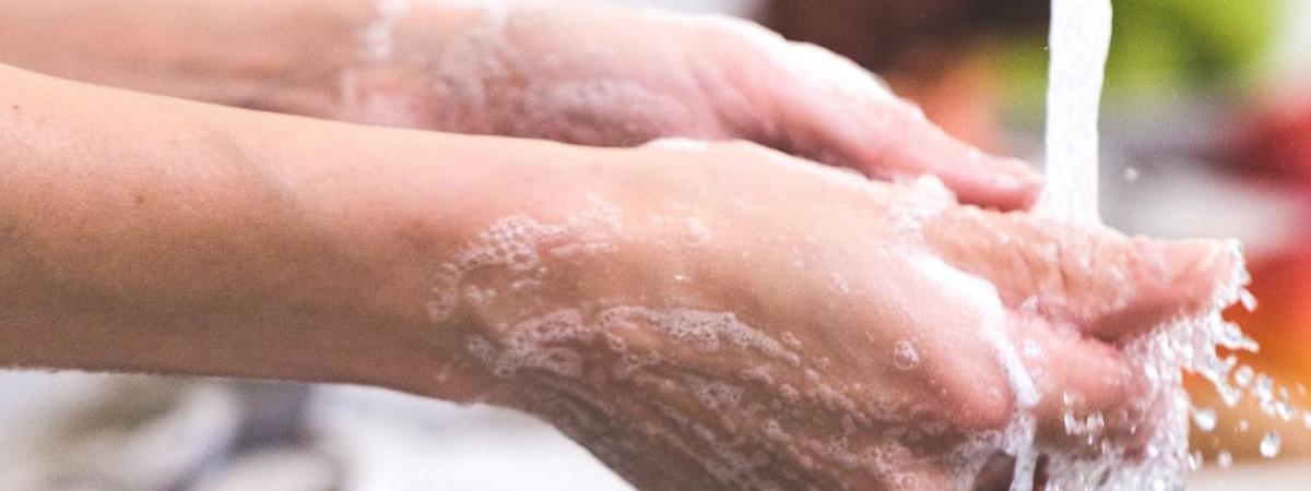 Lavarsi le mani, quanto tempo basta per farlo bene?