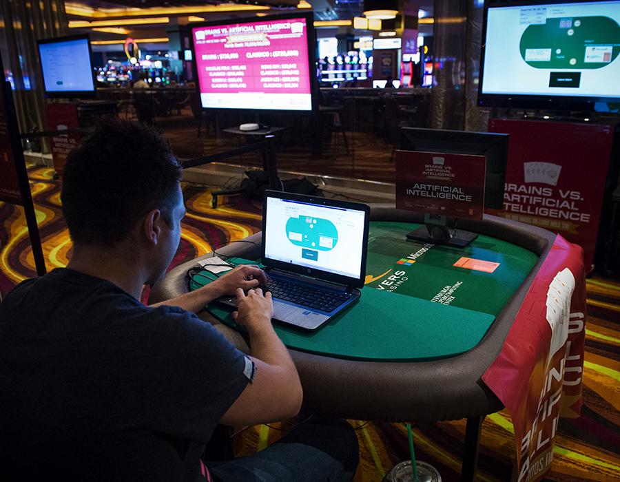 'Superhuman' poker AI beats the world's best human players