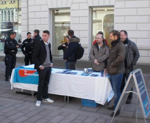 AfD-Infostand in Lüneburg