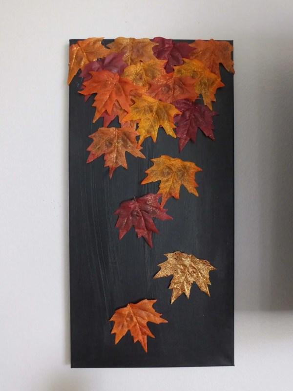 pannello con foglie arancioni - complemento d'arredo fai da te autunnale