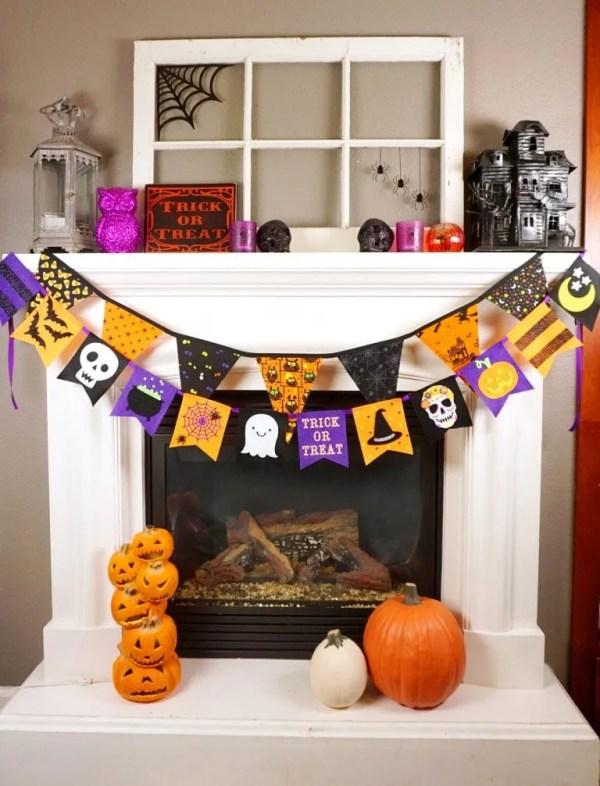 decorazioni per halloween - festoni sul caminetto