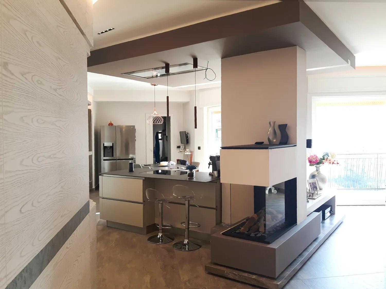 cucina-open-space-con-caminetto-a-gas-palazzetti - The Warm Street ...