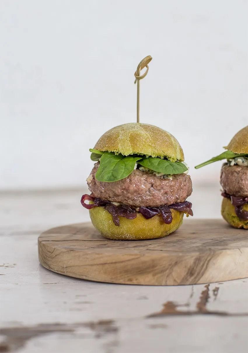 come si prepara l'hamburger al barbecue perfetto?
