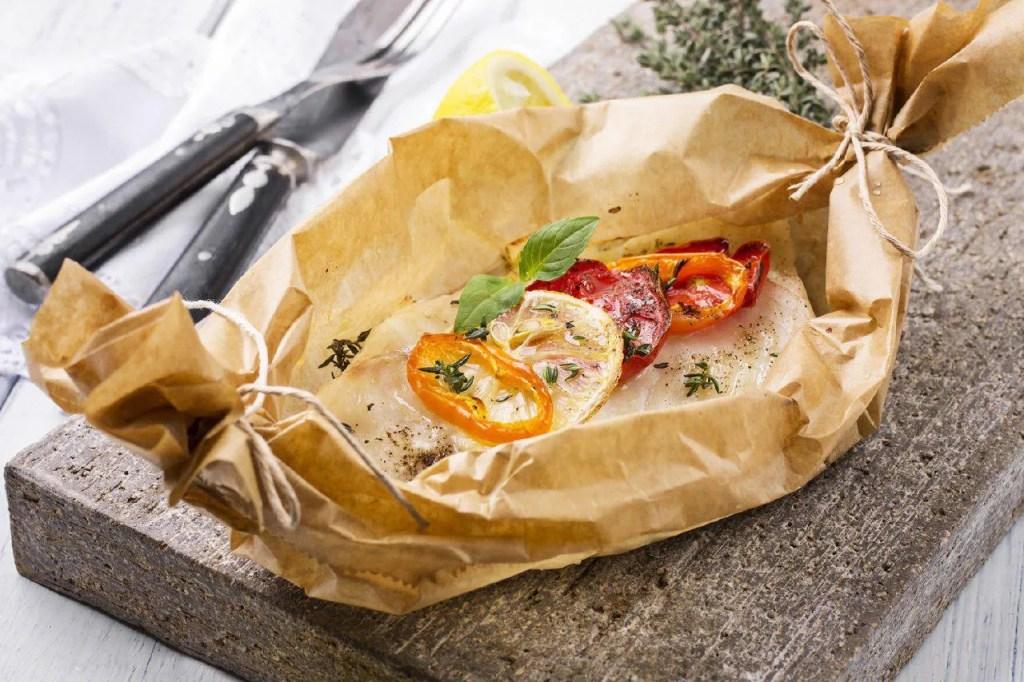 cottura-al-cartoccio-con-carta-forno-nel-barbecue-Palazzetti