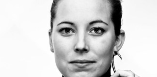 Pauline van Dongen-Weaving Technology Into Fashion