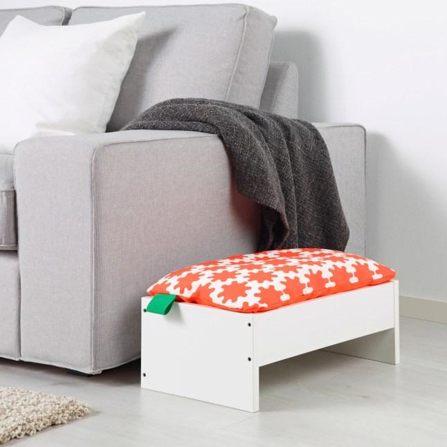 Cuccia con cuscino Lurvig di Ikea