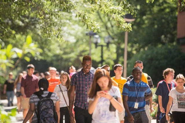 Students_Campus_Summer-4606