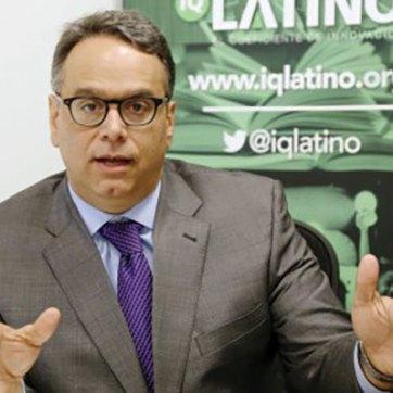 Leopoldo J. Martínez