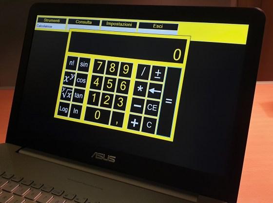 La foto mostra una schermata di vEyes PC Assistant