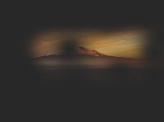 L'immagine mostra la visione alterata dalla riduzione del campo visivo