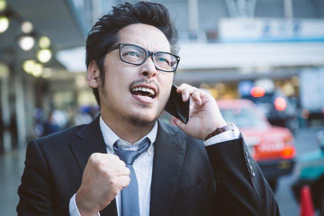 営業マンの7割が副業に関心アリ!営業マンが副業をするメリットとデメリット