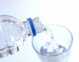 健康のためには良質な水が不可欠!あなたは「水」の何にこだわっていますか?