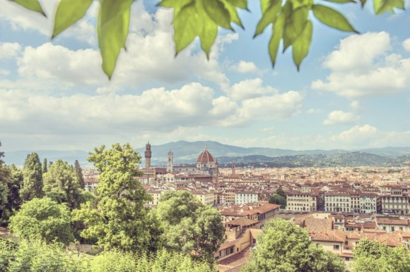 Vista panoramica su Firenze da uno dei tanti giardini della città