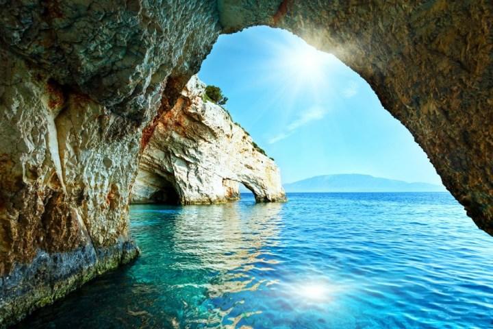 Le grotte blu, uno degli angoli più suggestivi dell'isola greca di Zante