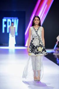 Bridal Collection at FPW 2017 By Saira Shakira