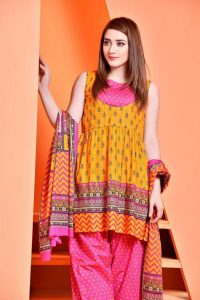 Kayseria Best Eid Mood Dresses seamless 2018