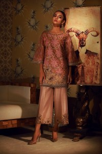 NARGIS LUXURY FESTIVE COLLECTION BY TENA DURRANI (2)