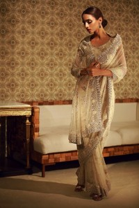 NARGIS LUXURY FESTIVE COLLECTION BY TENA DURRANI (24)