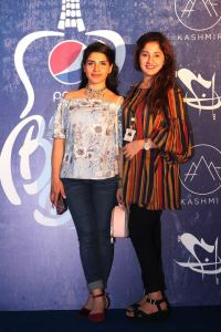 Release of Pepsi's debut albums Battle of the Bands (1)