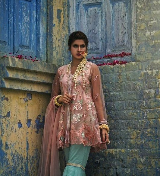 Girls Eid Festive Latest Trendy Dresses 2018 (1)