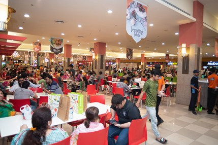 Came For Shopping This Ramzan at Dolmen Mall (7)