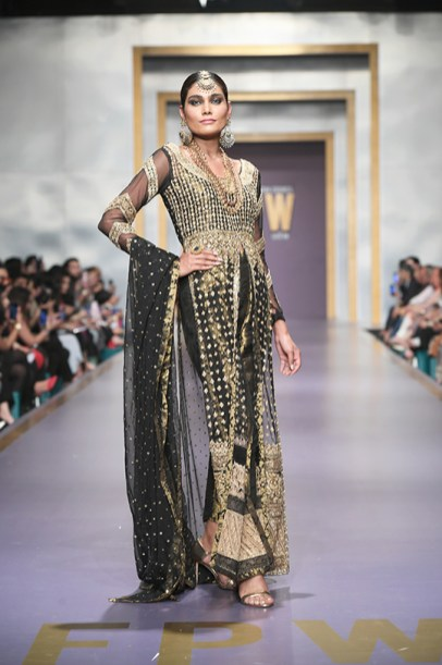 Zainab Chottani day 3 @ fpw 2019 (9)